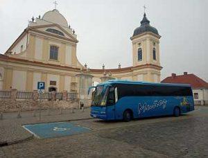 autobus_z_pielgrzymami